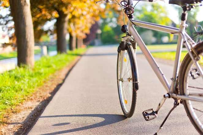 Walking-vs-biking